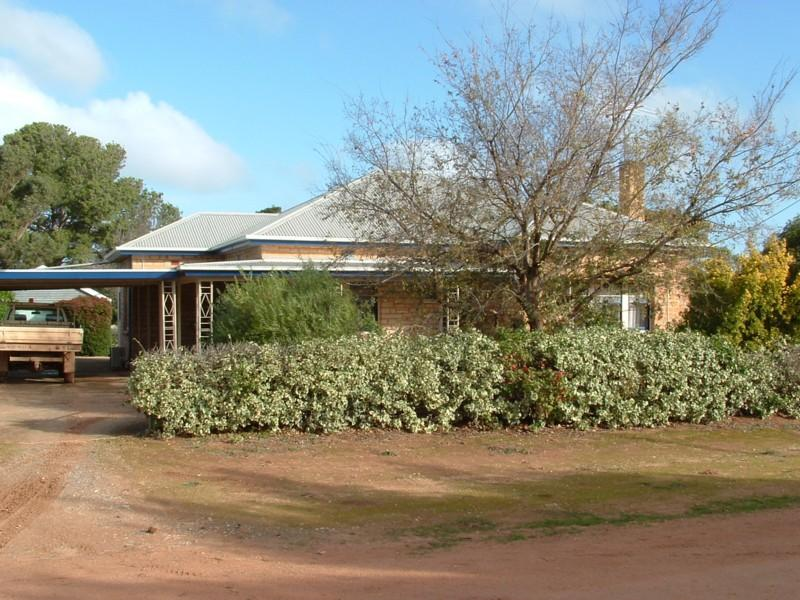 Lot 428 Roennfeldt Road, Templers, SA 5371
