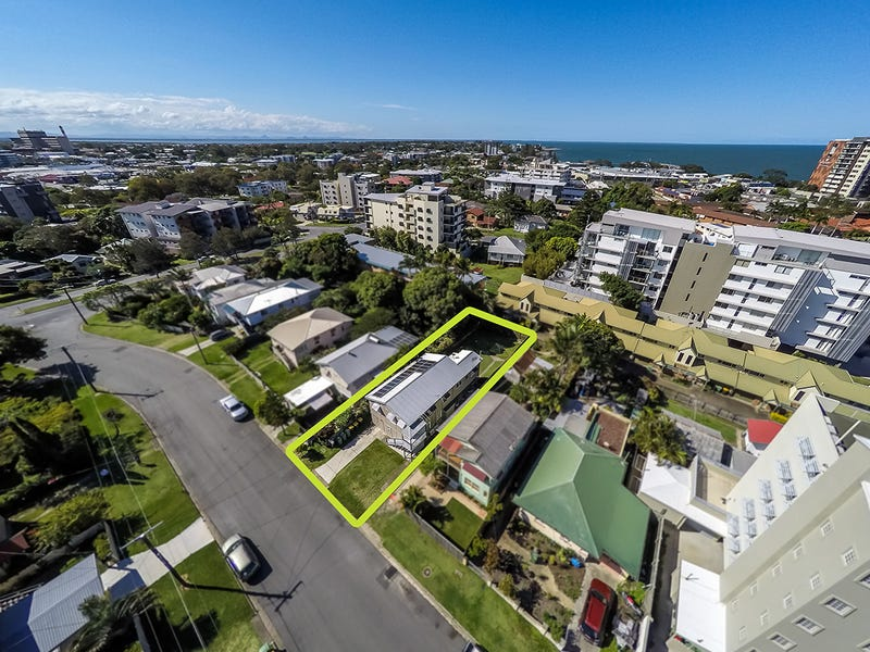 8 Louis Street, Redcliffe, Qld 4020
