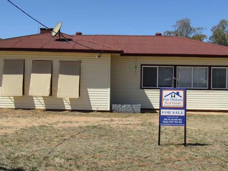 98 Dandaloo St, Trangie, NSW 2823