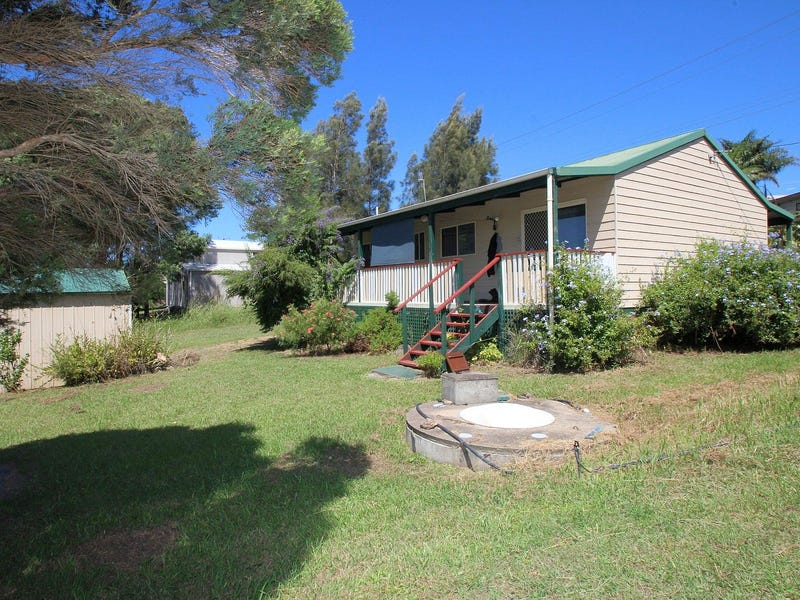 32 Warralong Street, Coomba Park, NSW 2428