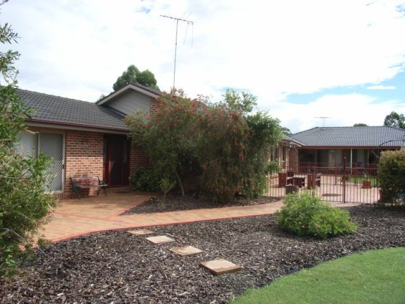 80 Canoona Ave, Windsor Downs, NSW 2756