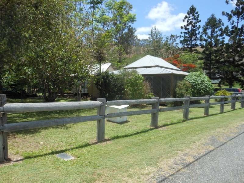 10 Esplanade Street, Mount Perry, Qld 4671