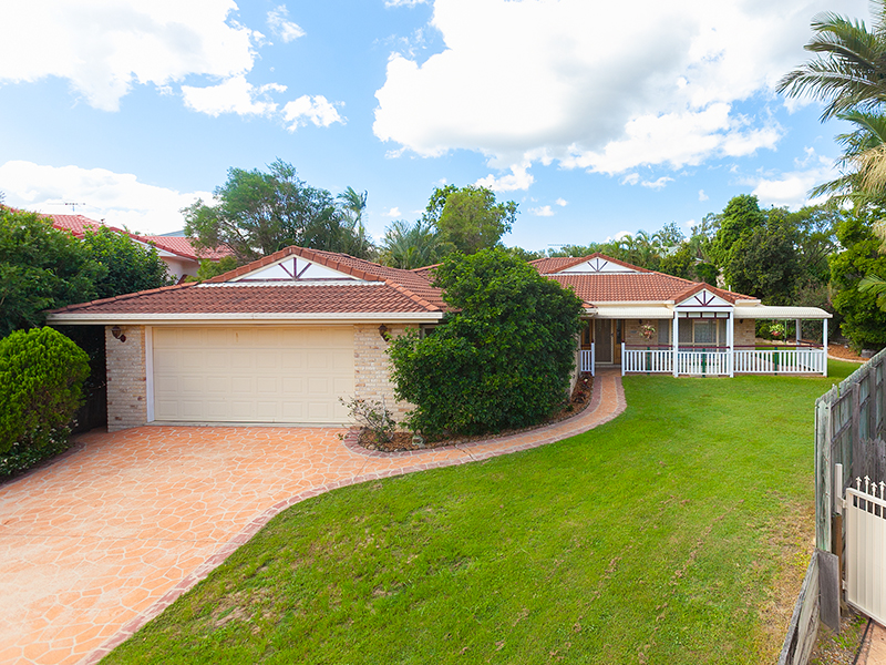 9 Ellesmere Place, Parkinson, Qld 4115