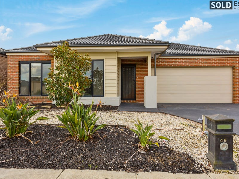 49 Linden Tree Way, Cranbourne North, Vic 3977