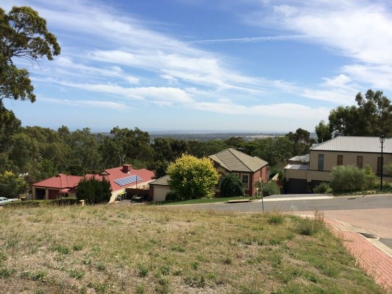 8 The Crest, Chandlers Hill, SA 5159