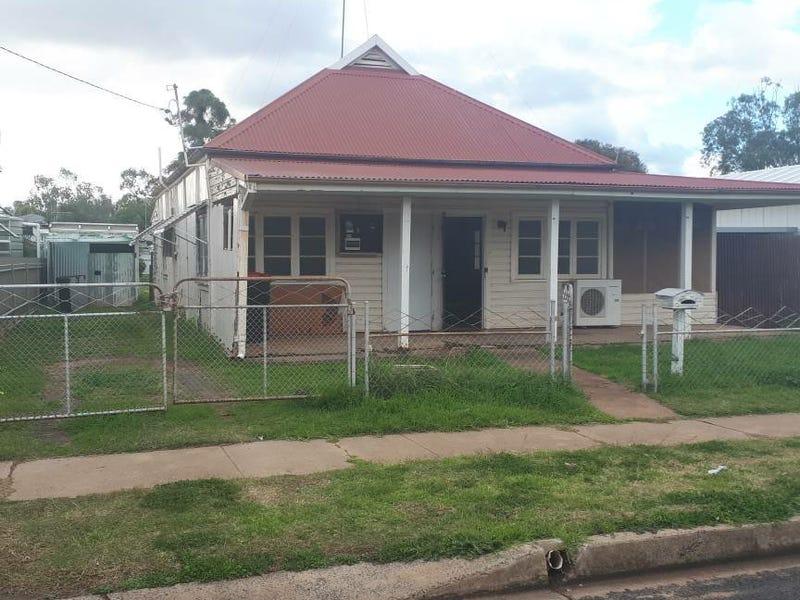 6 Wilga Street, Gulargambone, NSW 2828