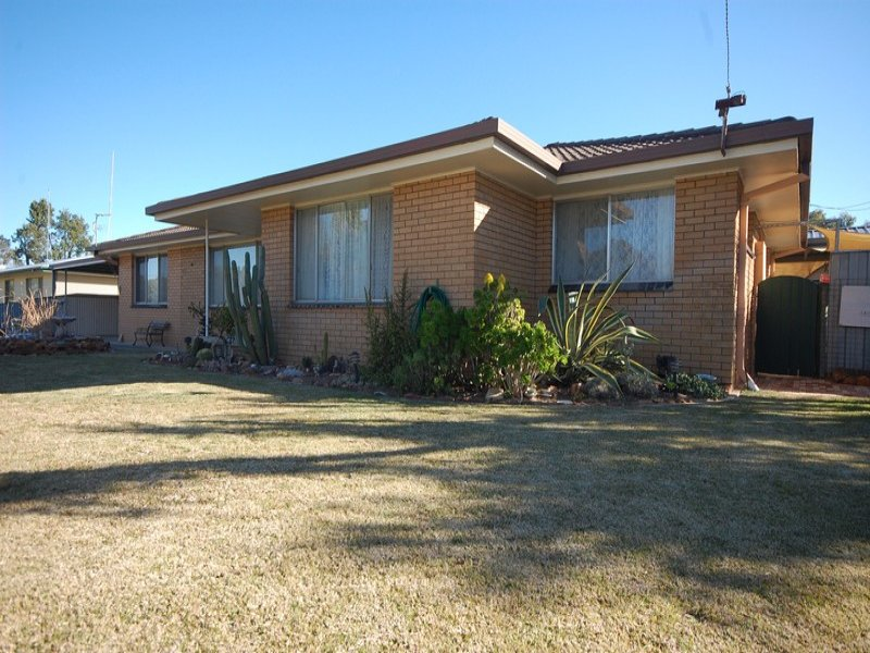 10 Bellbird Street, Coleambally, NSW 2707