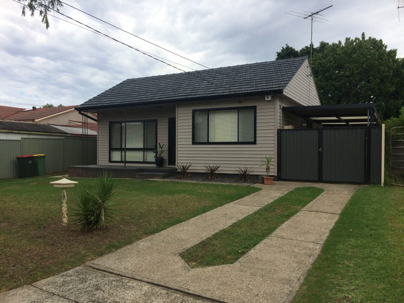 2 Crosby Crescent, Fairfield, NSW 2165