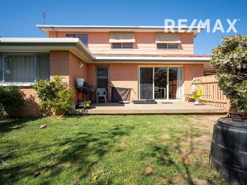 55 White Avenue, Kooringal, NSW 2650