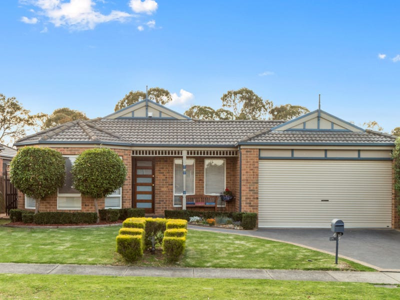 15 Captain Cook Close, Skye, Vic 3977