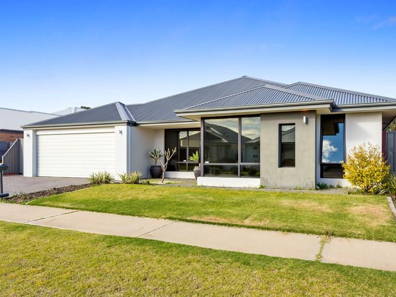 9 Darby Way, Byford, WA 6122