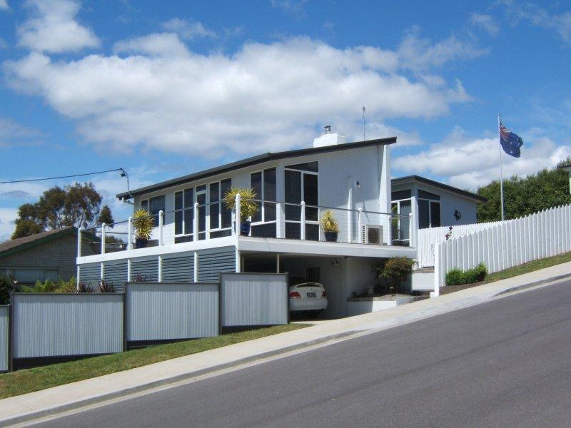 55  Beach Road, Legana, Tas 7277