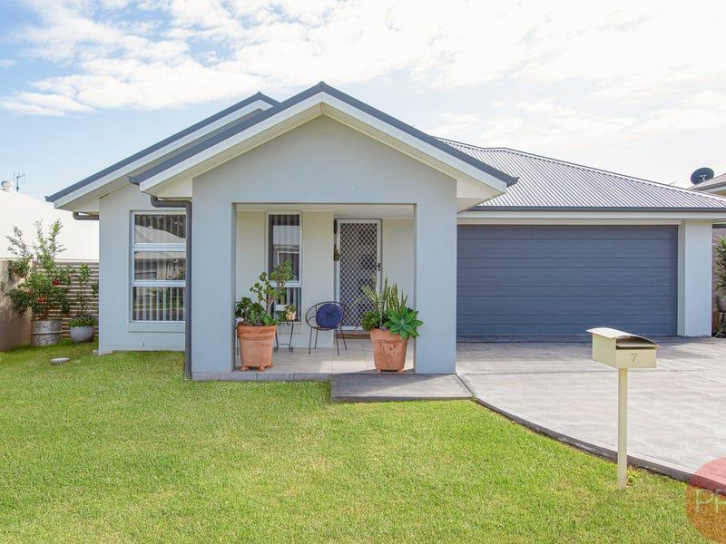 7 Slattery Road, North Rothbury, NSW 2335