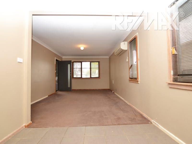 32 Mckell Avenue, Mount Austin, NSW 2650