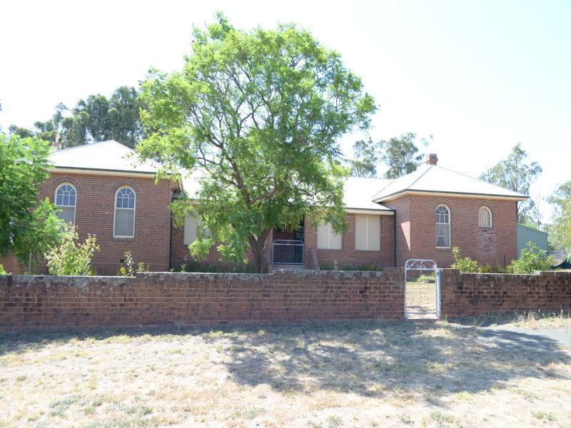 15 QUEEN STREET, Barmedman, NSW 2668