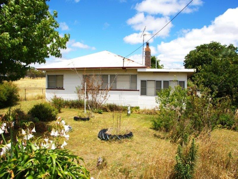 135 Bridge St, Uralla, NSW 2358