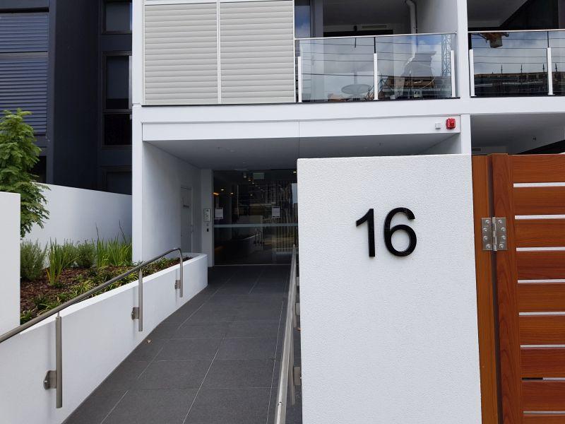 105/16 Bent Street, Bentleigh