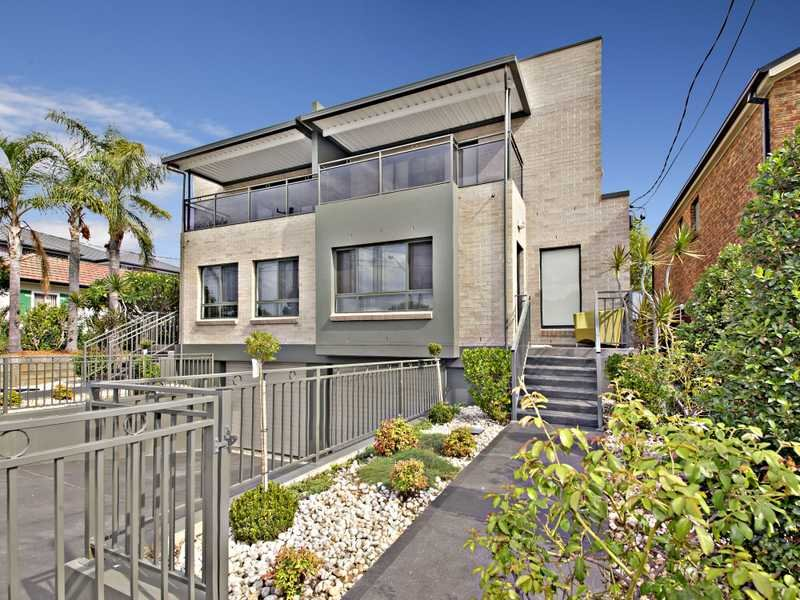 124A Juno Parade, Greenacre, NSW 2190