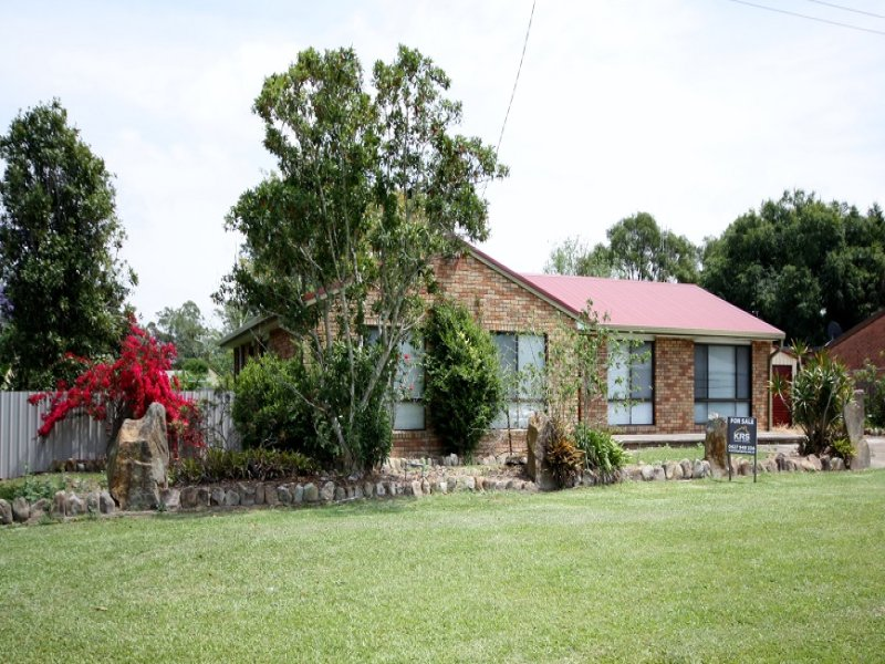 11 Myall Street, Bulahdelah, NSW 2423