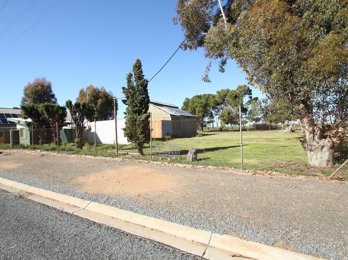 40-42 Railway Terrace South, Paskeville, SA 5552