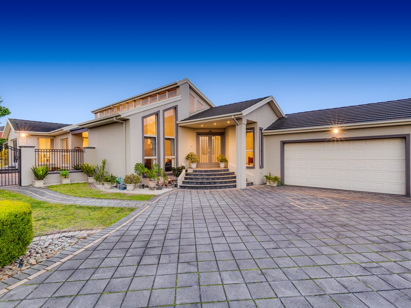 7 Greybox Court, Hillside, Vic 3037