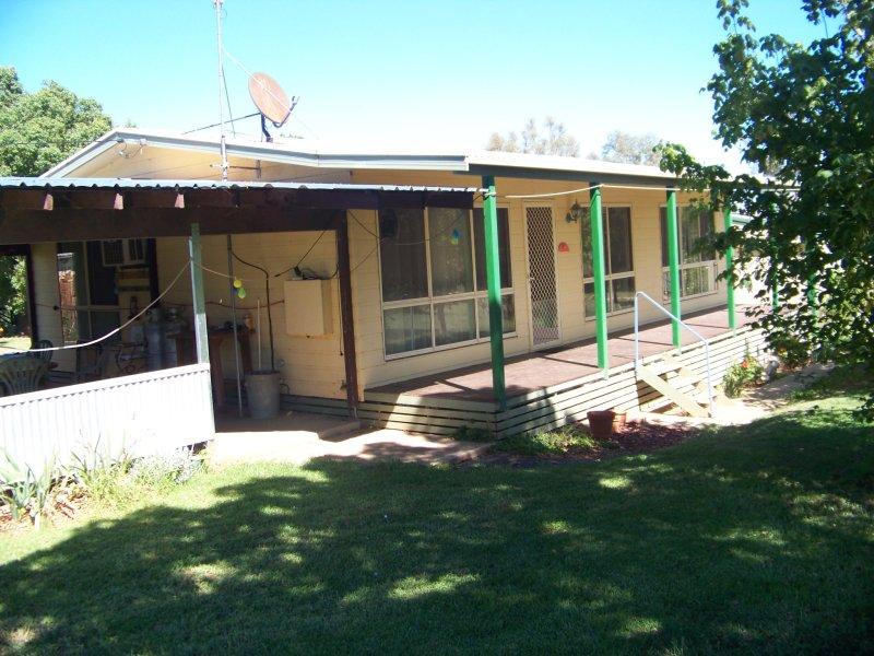 1 Benmore Road, Harden, NSW 2587