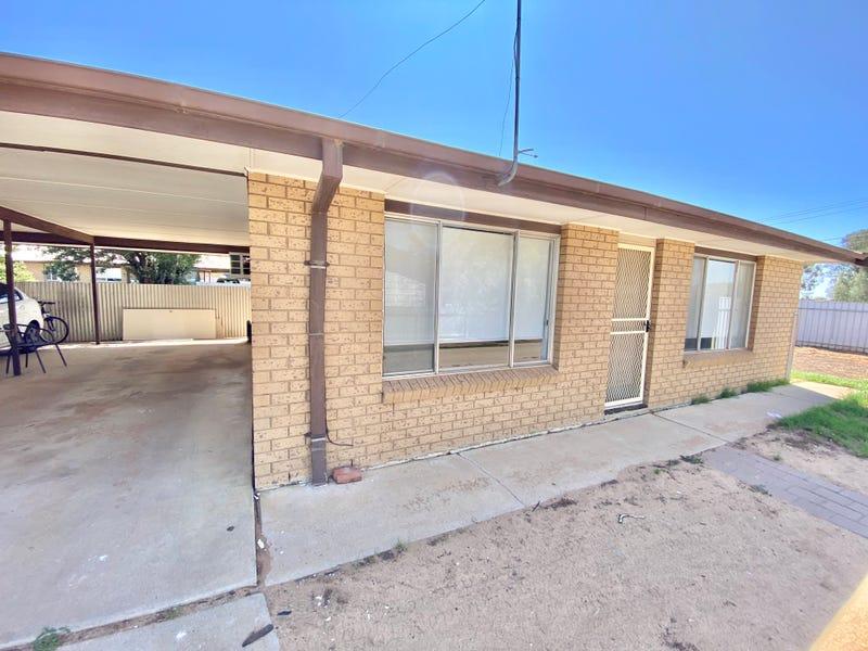 504 CADELL STREET, Hay, NSW 2711