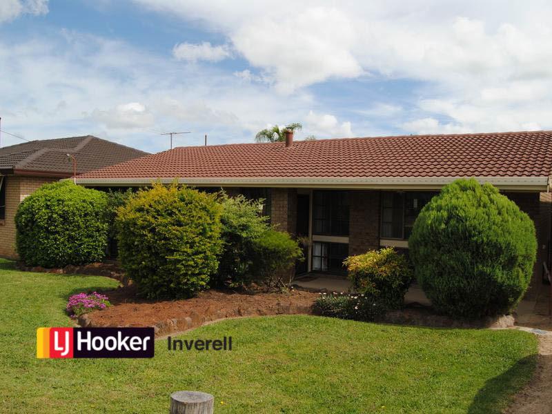 13 Lauder Street, Inverell, NSW 2360