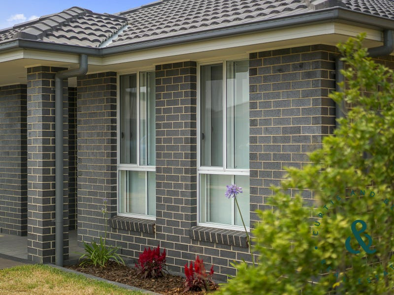 20 Lake View Crescent, Raymond Terrace, NSW 2324