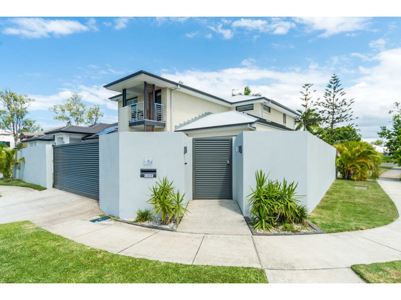 8 Formentera Street, Coombabah, Qld 4216