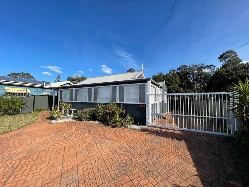 392 Beach Road, Batehaven, NSW 2536