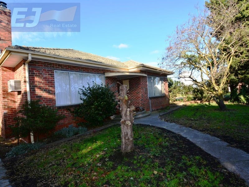 8130 Bass Highway, Leongatha South, Vic 3953