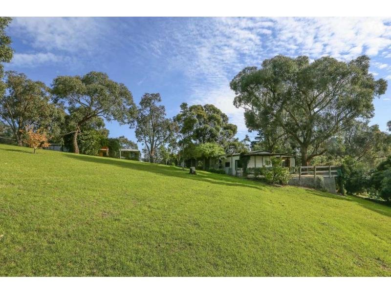 214 O'Neil Road, Beaconsfield, Vic 3807
