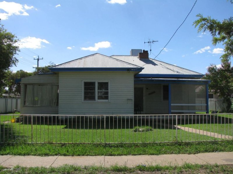 9 Hale St, Warren, NSW 2824