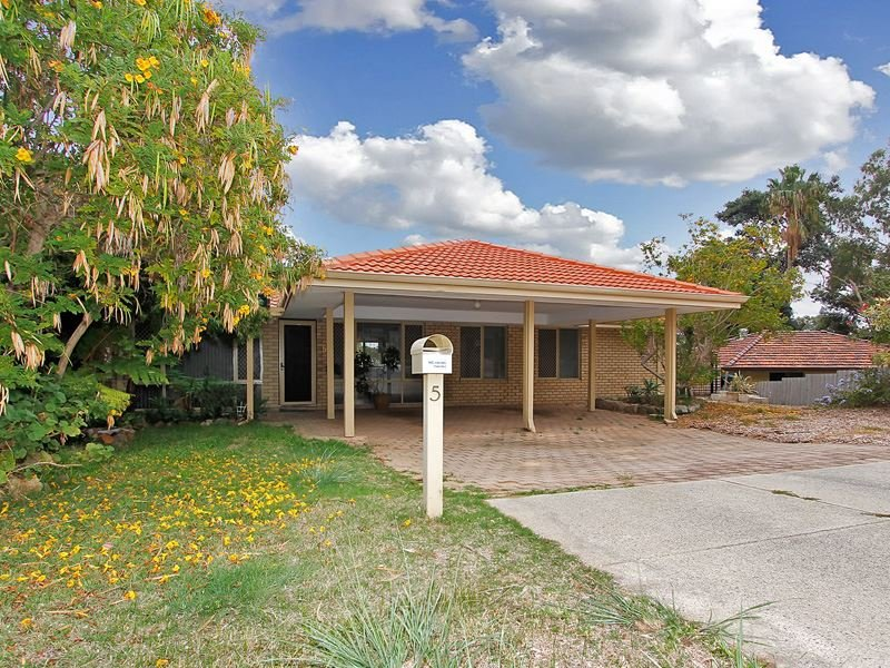 5 Palmerose Court, North Lake, WA 6163