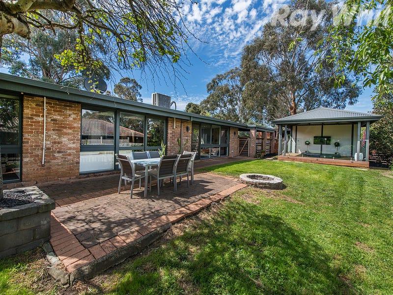 53 Landscape Drive, Mooroolbark, Vic 3138