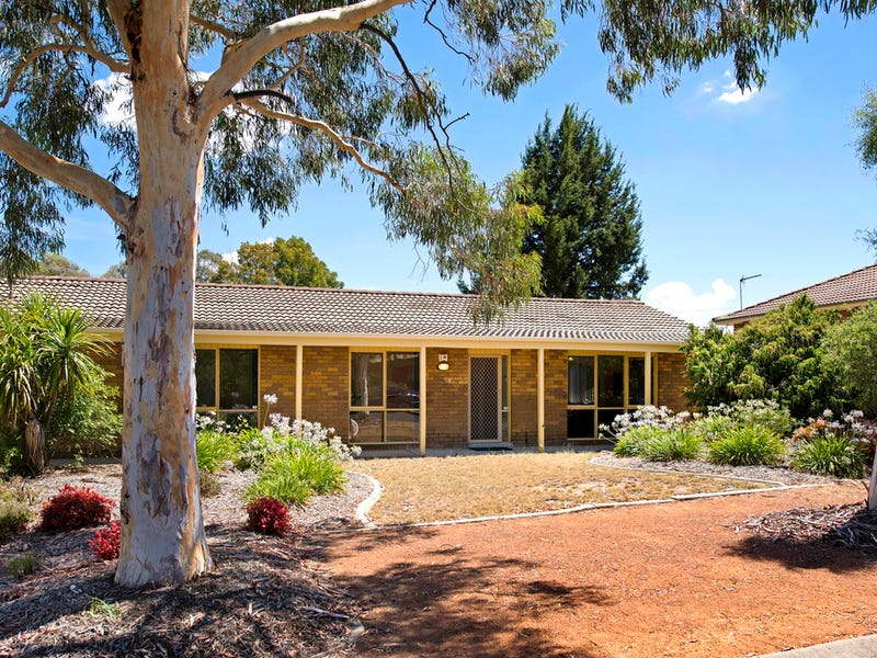 10 Degraves Crescent, Wanniassa, ACT 2903