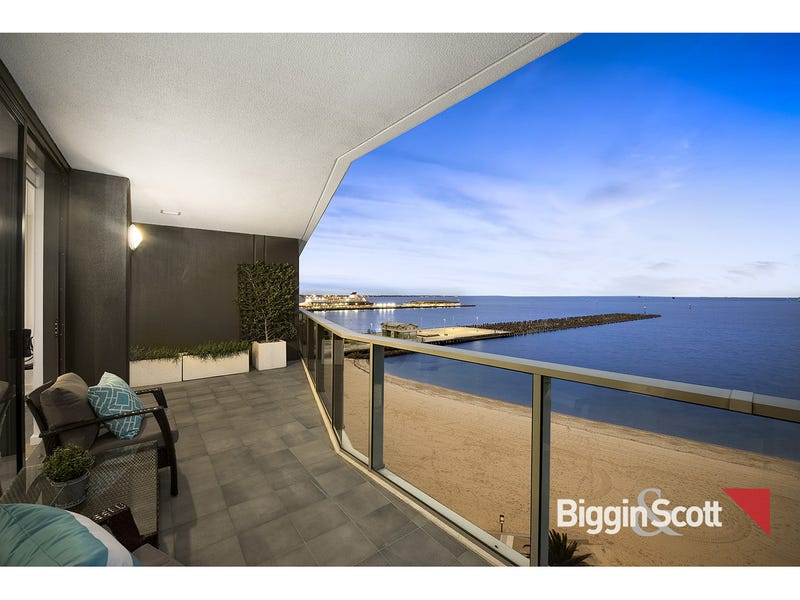 801/155 Beach Street, Port Melbourne, Vic 3207