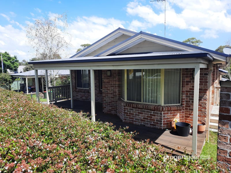 1 52-54 Macquarie Road, Springwood, NSW 2777