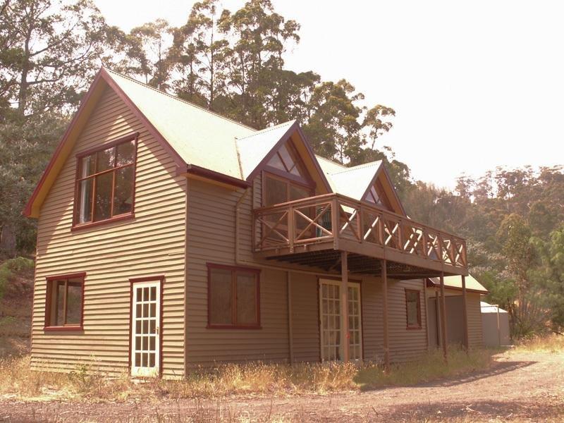 20 Cawthorns Road, Wattle Grove, Tas 7109