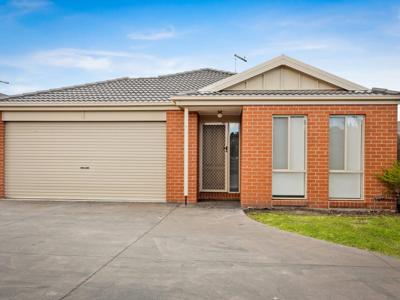 4/14 Shakespeare Court, Drouin, Vic 3818