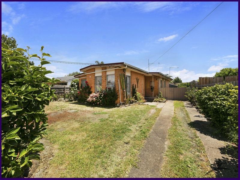 11 Stricta Court, Frankston North, Vic 3200