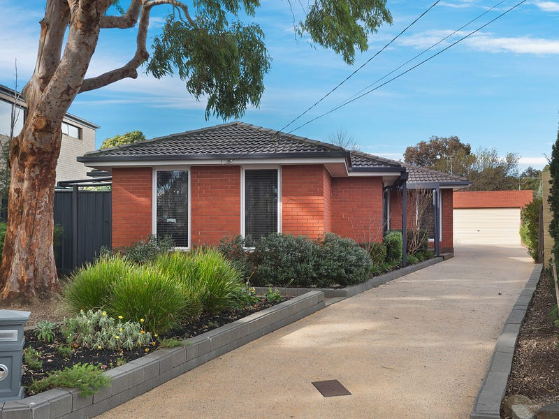 4 Tyrone Court, Wheelers Hill, Vic 3150