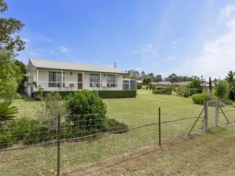 7 O'Connell St, Ellinthorp, Qld 4362