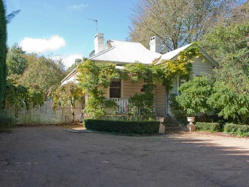 64 Bendooley Street, Bowral, NSW 2576