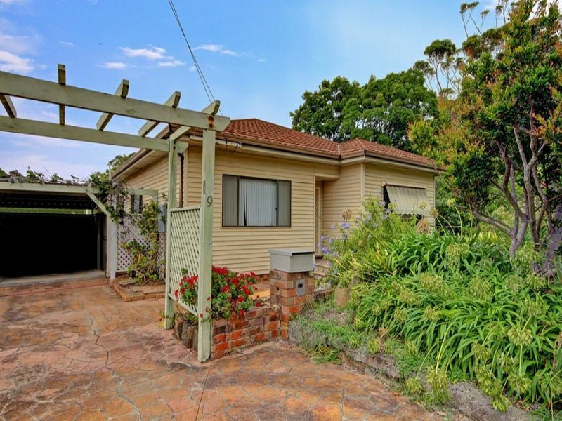 9 Broadridge Street, Wombarra, NSW 2515