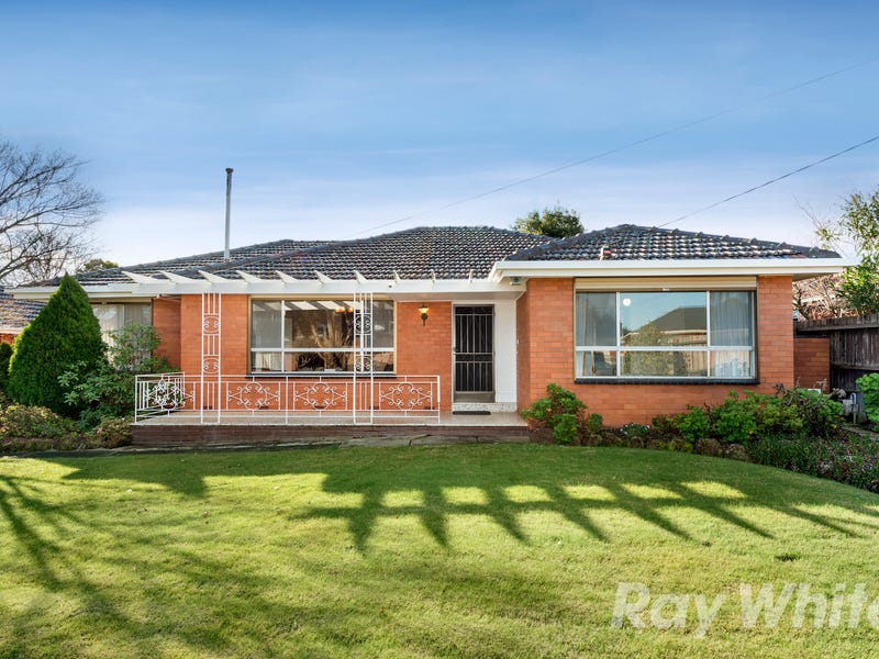 11 Witchwood Crescent, Burwood East, Vic 3151