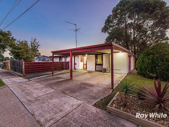 24 Camms Road, Cranbourne, Vic 3977