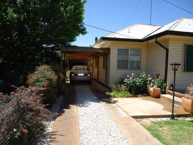 9 Condamine St, Ungarie, NSW 2669