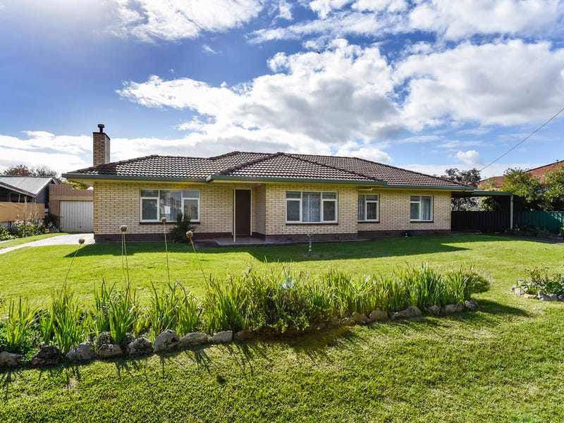 18 Fourth Street, Millicent, SA 5280